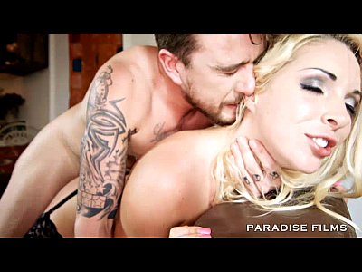 PARADISE FILMS Amazing Busty Victoria