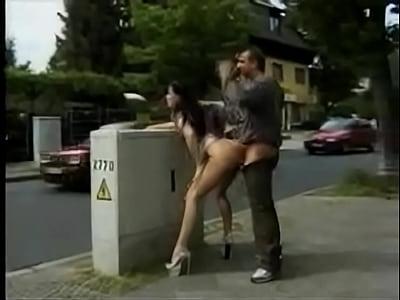 sexo na rua crossdresser