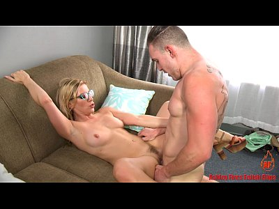 Blowjob Cum Mom video: Don't Leave Mommy (Modern Taboo Family)