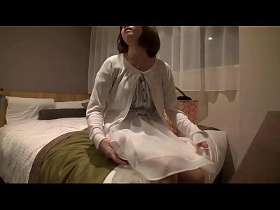 【素人ナンパ】浜松でGETしたGカップの巨乳カフェ店員をハメ撮り!