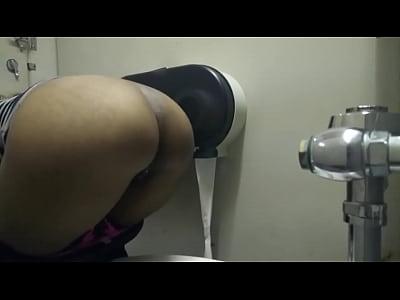 piss pee ebony Black