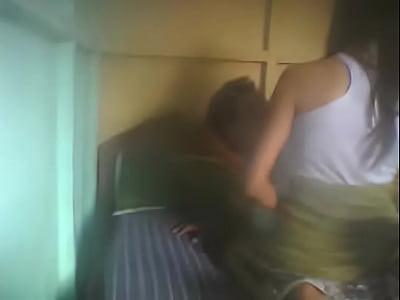 Caliente morrita mexicana al estar de puta con su primo, le da el culo para que le meta una rica cogida