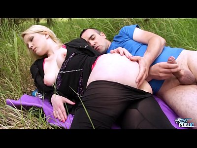 Public Oral Teen video: Big older cock ride public in teen juicy pussy