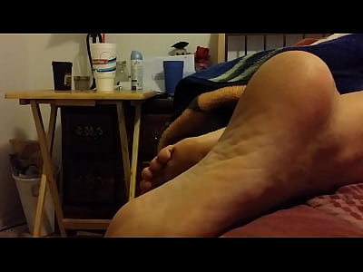 Cum Cumshot Girlfriend video: cum on my gf sleeping feet