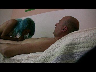 الجفت هو الديوث ، Gf سوزي الأزرق الملاعين مع صديق في الفيديو!!