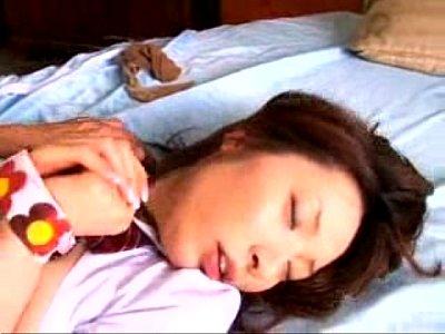 【キヨミジュンきよみじゅん】デカチンのおじさんとエッチする女子高校生