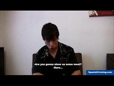 Vídeos Gays Gratis Latino twink fucked