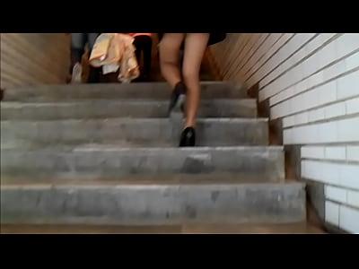 Videos Pornos Caseros Ricas nalgas en el metro
