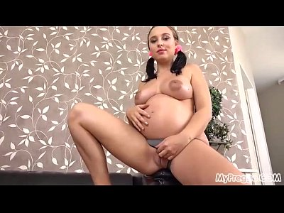 Xxx Videos Pregnant alyssa gives herself a powerful orgasmo