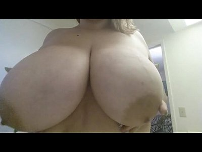 Bbw playing with 40g boobs