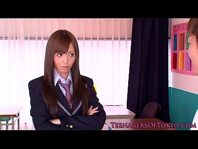 アイドル級美女の希志あいのが放課後にヤンチャな生徒と交尾