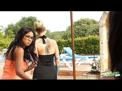 Hardcore Sex Girls video: Orgía en la piscina de Salma - Massive orgy in the garden
