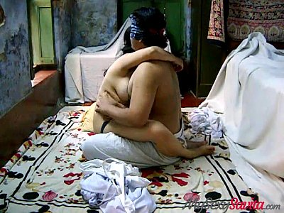 Fucking Innocent Bhabhi video: Hot Indian Innocent Savita Bhabhi fucking with Ashok