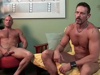 Musculosos fazendo um sexo gay gostoso