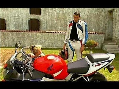 Videos Gratis Ga lycos manseflycos summertime scene 1
