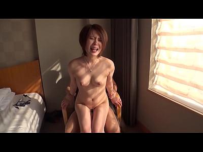 タレントレベルで可愛いショートカットの女の子をホテルでハメ撮り!
