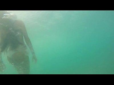 Underwater girls [HD, 720p]
