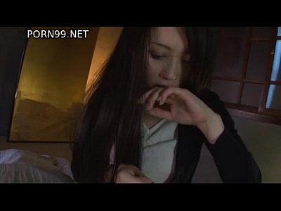 父親のチンコを手コキ&フェラチオで抜く変態黒髪美女の桜木凛