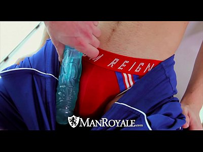 Xexo Gay Gratis Manroyale - archer tests his new dildo with the delivery guy