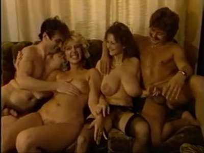 Foursome Hamemade video: Orgie im haus
