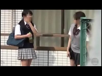日本放尿2