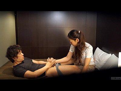 マッサージを盗撮!「見ていて!」と言って、エロに着火!体を求め合う! by|eroticjp.club|HWkd8XLJ