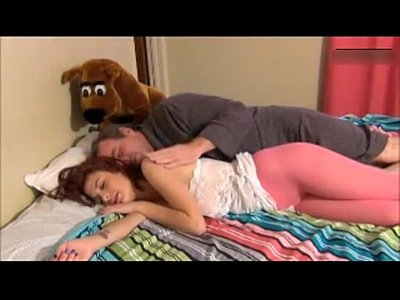 Sexo com o padrasto taradão
