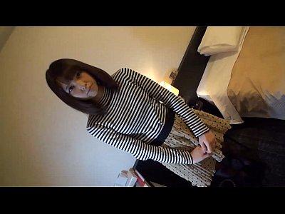 可愛い 巨乳 スレンダー 女子大生  可愛い感じのスレンダー美巨乳女子大生のホクロがエッチだわw   XVIDEOから削除される前に見てね!!