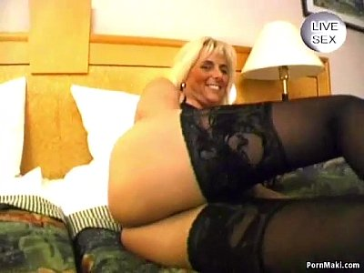 Hardcore Stockings Blonde video: Blonde mature gives hot blowjob
