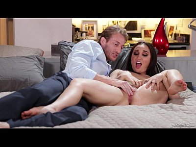 Gabriella Paltrova squirting on her husband - P...
