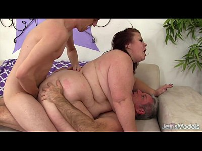 girl amature two dicks