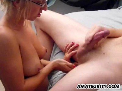 Videos Amateur Gratis Hot amateur girlfriend sucks and fucks with cum on tits