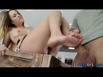 Blowjob Cumshot Erotica video: Fetish sluts feet cumshot