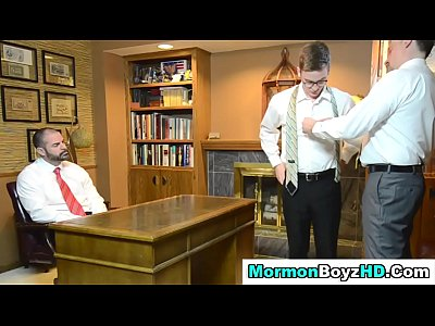 Gays Videos Gratis Shaved mormon elder tugs