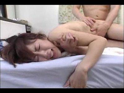【ティア】巨乳ハーフ美女が媚薬オイルマッサージでエビ反りしまくり!