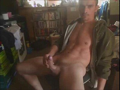 Videos De Guey Man jerking his rock hard cock