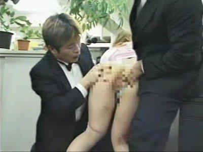 【素人】仕事中のオフィスで素人子供がAVアクトレスの開示対面wOLが見ているさっきで罰ゲームみたい開示セックス企画w