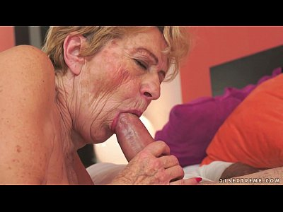Bigdick Blowjob Cocksucking video: Kinky old granny Malya loves big dick