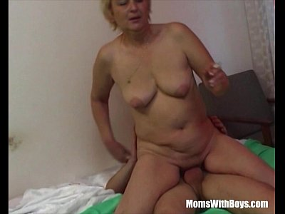Blowjob Cougar Cumshot video: Mature Blonde Mama Sucks Young Cock While Smoking
