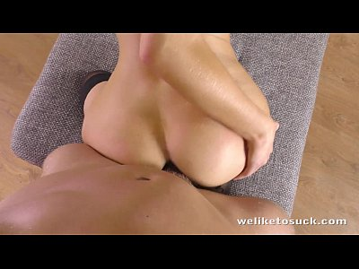 Blowjob Cumshot Euro video: Sophie Lynx strips down for a blowjob and fuck