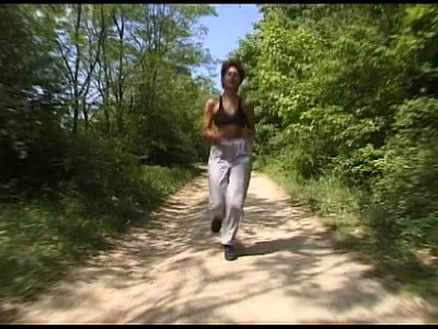 Anal Blowjob Boobs video: Joggerin im Wald gefickt - Public Sex