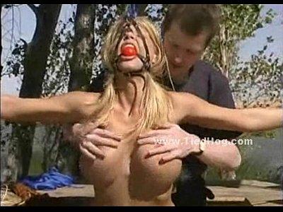 pamila anderson sucking penis