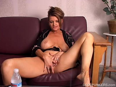 Breasts Busty Coogar video: Beautiful big tits old spunker playing with her juicy pussy for you