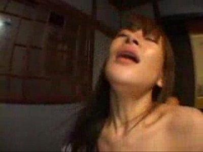 【巨乳熟女動画】超エロい体つきの爆乳熟女と激しい腰ふりセックス