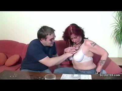 Un Barbat Fute O Femeie Roscata Si Matura Pana Zice Stop