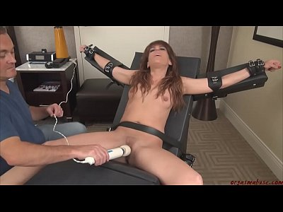 Orgasm video: OrgasmAbuse - Annabelle Cums Hard