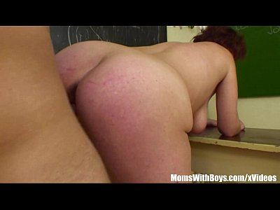 Cougar Cumshot Fucking video: Fucking My Mature Biology Teacher In Detention
