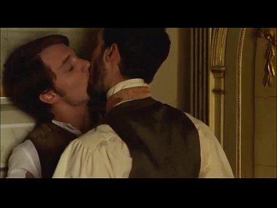 Seco Gay Gratis alex batllori desnudo y beso gay stella cadente