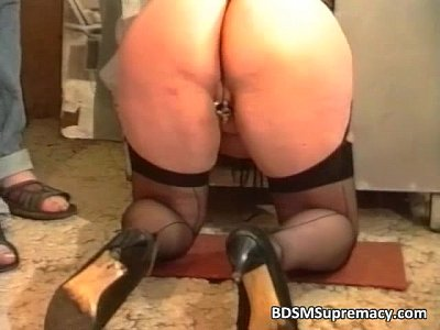 Fat mature slut loves bdsm games as she