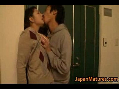 Xvideos 3gp japanese mom